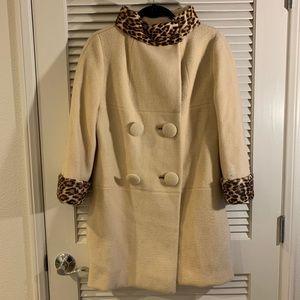 Mod 1960s Vintage Cream Leopard Fur Coat Jacket